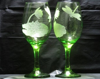 Dremel Etched Dragonfly With Water Lillies Green Wine Grasses
