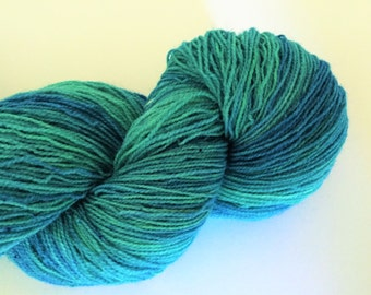 High Twist Hand Dyed SW 2 Ply. 100g Sock Weight,Turquoise Sea. Knitting, Crochet