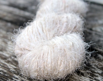 Recycled Sari Silk Yarn Hank - Ivory / White