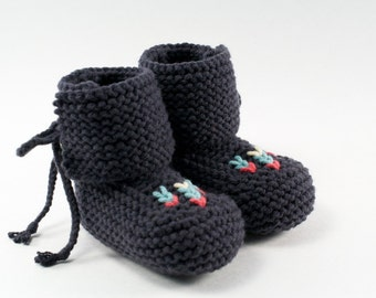 Hi-Top Knit Baby Moccasin Booties// You choose the color