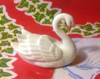Vintage delicate porcelain swan figurine- Lenox