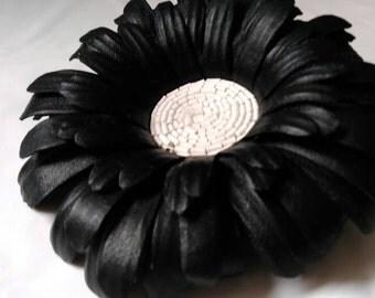 Black and White, Flower  leather brooch,  Flower brooch leather, Accessory women, Gerbera flower brooch, Brooch flower leather