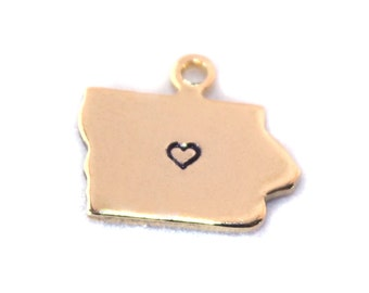 2x Gold Plated Iowa State Charms w/ Hearts - M115/H-IA