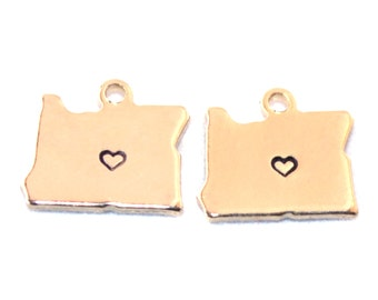 2x Gold Plated Oregon State Charms w/ Hearts - M115/H-OR