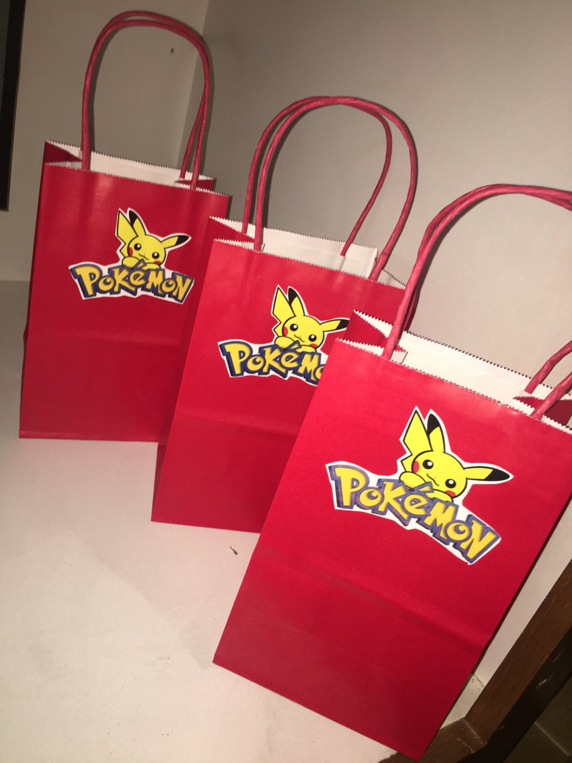Pokemon candy bags pokemon party pokemon party decorations for Bag decoration ideas