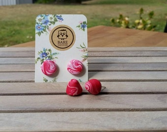Handmade red and white marble-effect polymer clay earrings