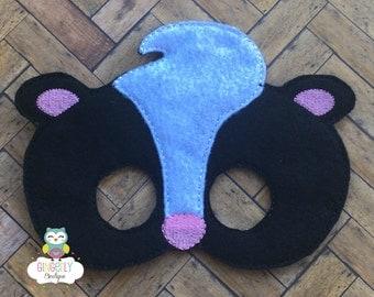 Skunk Mask, Kids Dress Up Mask, Skunk Costume Mask, Wool Blend Mask, Felt Skunk Mask, Jungle Party Favor, Monkey Mask