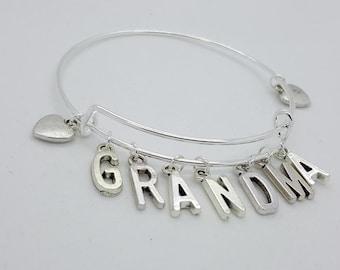 Grandma silver heart bangle, grandma christmas gift, grandma charms bangle bracelet, grandma to be gift, grandma hearts bracelet