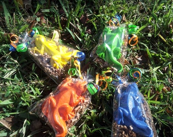 reptile party,lizard party favors,20 bags,iguana,gecko crayons,reptile theme party,lizard party,boy or girl reptile birthday JUMBO crayons