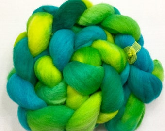 Organic Polwarth, 100g, 3.5oz, Wool, Roving, spinning, felting, needle crafts, hand Dyed, 111