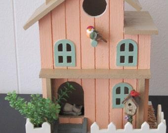 Purr-Fect Birdhouse