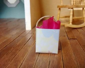 Miniature 1 Gift Bag Dollhouse