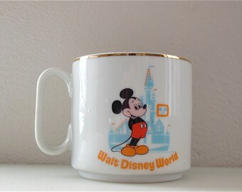 Mickey Mouse Mug LARGE 11 ounce Walt Disney World Right or LEFT Handed Coffee Mug Made in Japan Gold Rim