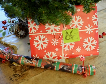 Add Holiday Gift Wrapping to Your Order