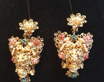 FREE  SHIPPING   Miriam Haskell  Earrings