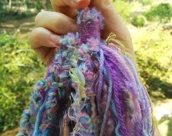 Tatty Tassel - plump purple!