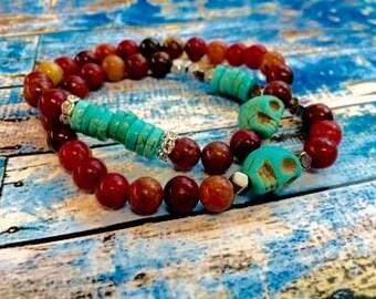 Bright red jade bracelet for summer with turquoise skulls and Swarovski crystal rondelles // stretch bracelet // colorful red jade