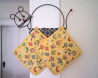 VINTAGE MAGNETIC POTHOLDERS  Cat Wall Mount  Quirky Original Box