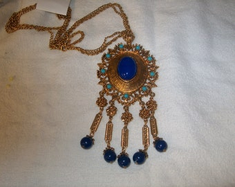 Vintage Costume Jewelry Necklace, WAS 25.00 - 50% = 12.50