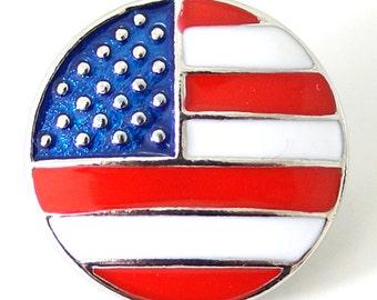 KB7099  Enamel American Flag w/Silver Accents
