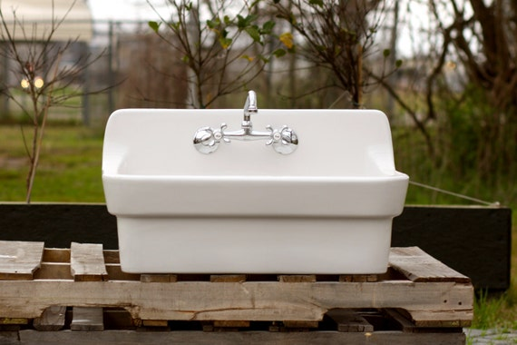 Farmhouse Porcelain Sink : ... Back Farm Sink Original Porcelain Finish Apron Kitchen Utility Sink