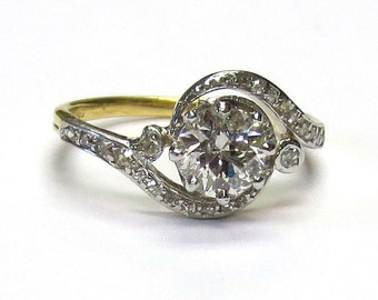 Antique Victorian/Edwardian Diamond Engagement Ring Platinum-topped Yellow Gold Circa 1910-1920
