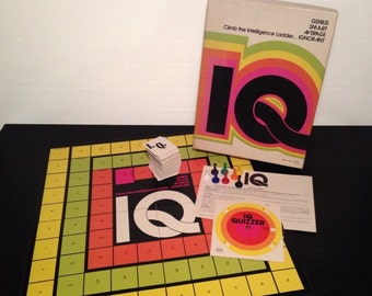 IQ by Reiss, 1974 - Vintage 1970s Trivia Board Game - Complete