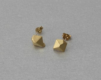 Diamond Post Earring . Matte Gold Plated . 10 Pieces / C3092G-010