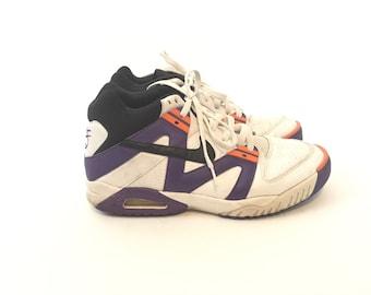 Vintage Nike Hightop Sneakers