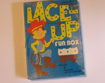 Lace Up Fun Box. Vintage lacing cards from Warren Paper Co. Lafayette, IN. 25 lacing cards with plastic tip yarn in original box.