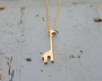 Minimalist Simple Giraffe Necklace, Gold or Silver Minimalist Necklace, Minimalist Charm Neclace, Animal Charm Necklace
