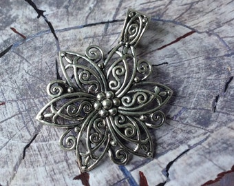 Pendent flower, sold individually