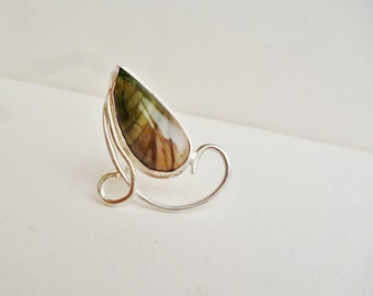 Swirly silver earthy Shell ring size: L 1/2