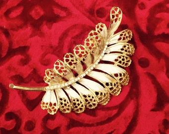 Vintage Brushed Gold Crystal Rhinestone Brooch / Pin Designer BSK