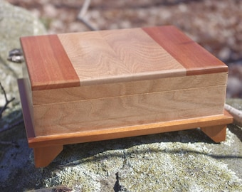 Panel Lid Box with Handmade wood Hinges