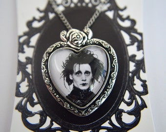 Edward Sissorhands  - necklace