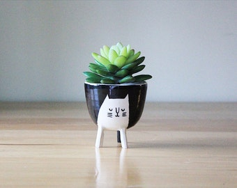 Ready to ship: Small Three-legged Cat Planter in Black