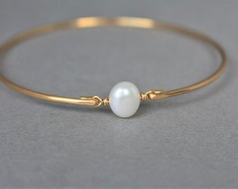 Gold Pearl Bracelet, Swarovski Baroque Pearl Bangle Bracelet, Elegant Gold Bracelet, Pearl Bangle, Gold Bangle Bracelet, Bridesmaids Gifts
