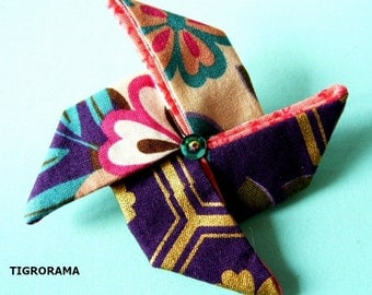 PIN origami in Japanese fabric