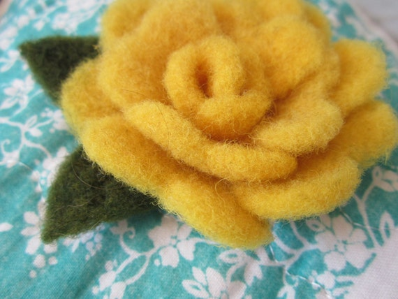 https://www.etsy.com/listing/399079155/hand-felted-yellow-rose-with-leaves?ref=shop_home_active_6