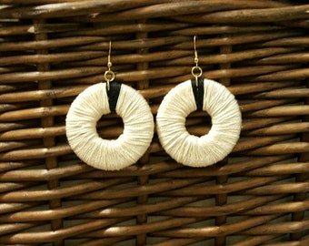 Color block thread dangle earrings