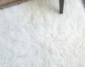 Flokati Area Rug, 4ft x 6ft, White, 100% Wool Shag Rug