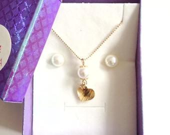 Pearl earrings stud set white pearl necklace set Crystal Pearl earrings Bridesmaid pearl set Wedding set bridal pearl earrings gold stud