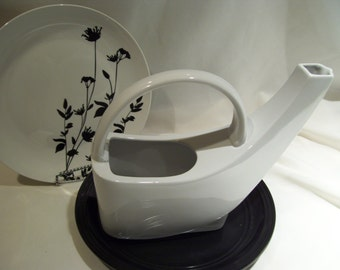 Unique Rare Pfaltzgraft White Ceramic Watering Can,Swoop