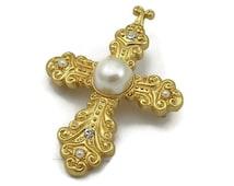 Gold Tone Faux Pearl Pin Maltese Cross Rhinestone Brooch Matte Gold Vintage Costume Fashion Jewelry Designer Shawl Scarf Pin AK Gift Ideas