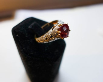 Estate Vintage Red Labradorite and Diamond   -Solid-Gold-Ring-14KT-Size-8