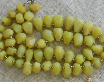 Chunky yellow jade necklace