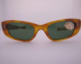 Vintage 1950s Blonde Cateye Sunglass T/G