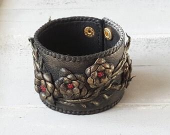 Leather cuff bracelet. Black bracelet. Leather jewelry. Flower bracelet. Wide cuff bracelet. Leather cuff. Leather bracelet. Boho bracelet.