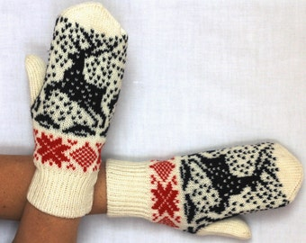 Hand knitted wool mittens.Warm mittens.Double mittens.Mittens with lining .Black with white star ornament.Cristmas gift .Unisex mittens